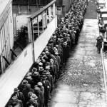 disoccupati in fila