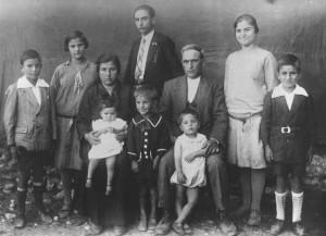famiglia italiana a inizio Novecento