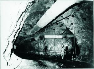 Impianti della Miniera di lignite di Ribolla. Foto Banchi.  Il repertorio fotografico è stato tratto dal volume curato da Cipriani Massimo, La miniera a memoria, Roccastrada, 2004