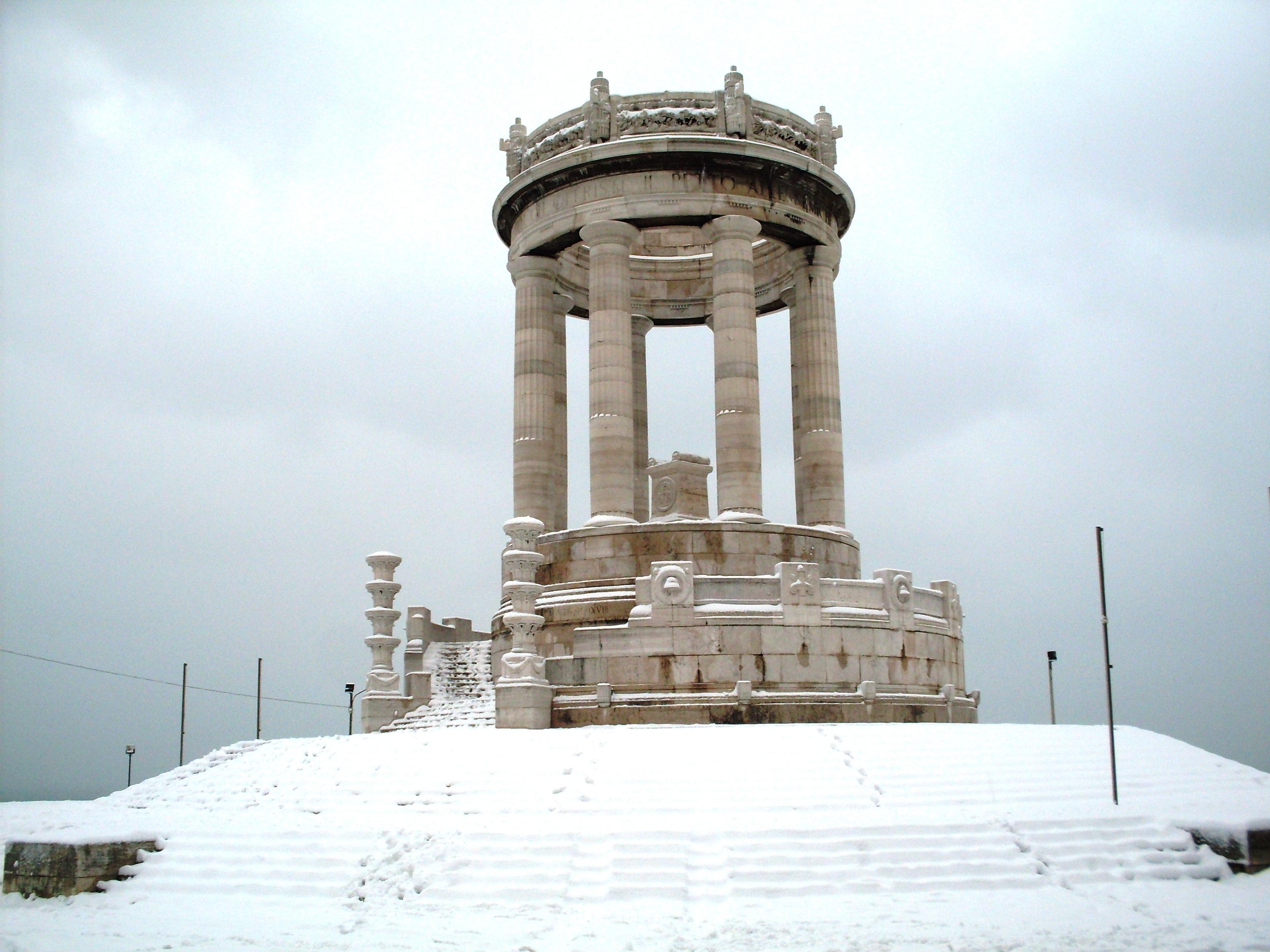 Un esercizio di sguardo tra le memorie: percorsi didattici ai monumenti della Grande Guerra