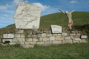 FIG.2 Monumento al centro del Parco Storico di Monte Sole. Archivio Fondazione Scuola di Pace di Monte Sole