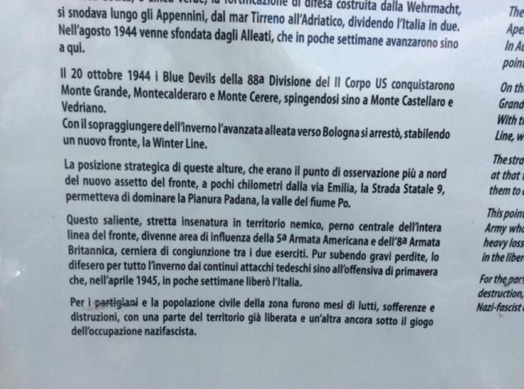 PANNELLO DELLA MEMROIA SU MONTE GRANDE DANNEGGIATO ALLA SCRITTA PARTIGIANI copy