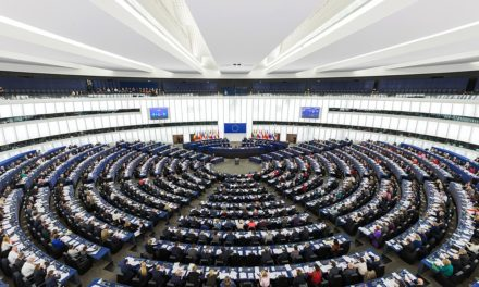 Parlamento europeo, elezioni e partiti fra europeismo ed euroscetticismo