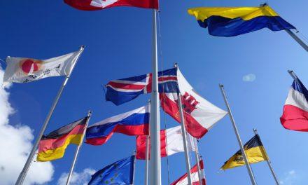 Alla ricerca dell'identità europea. Strumenti concettuali, storia e un dossier didattico