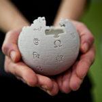 Wikipedia come storia pubblica. Com'è e come potrebbe essere