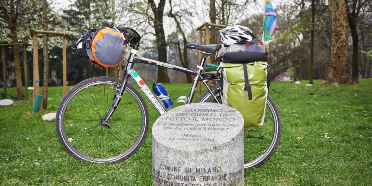 Il ciclista della memoria. Per non dimenticare Sciesopoli