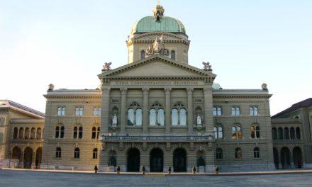 Democrazia, cittadinanza e istituzioni. L'Educazione civica nella scuola media del Cantone Ticino